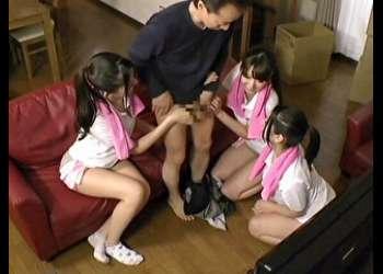 稲川なつめ 綾瀬みなみ 波多野結衣 / 浅見草太 エロい格好の女の子が3人やってきてエッチ出来たので満足度100点!