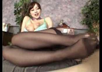 篠田ゆう フェティッシュワールド勃起したチンポを黒スト愛撫で性感を高めて射精へ誘う変態マッサージ好きなM男はこちら