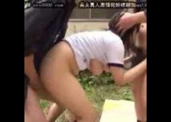 【JK 野外】体操着の女子校生を野外でレイプするッ!二人の男に力ずくで種付けされるムッチムチの女の子!!