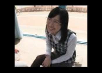 【MM号】笑顔が素晴らしいパンストメガネの美人OLをMM号に招待!!そのままハメ撮り撮影しちゃいましたww