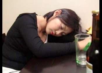 |昏睡レイプ|韓国美女にお酒をたらふく飲ませてデロ酔いしたところを美味しくいただく♡