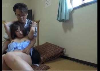 『エッチしたいの?』巨乳な水着少女と畳の部屋で布団も敷かずにSEX!エロタレ動画