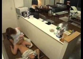 〖美乳-フェチ〗『早く入れてよ♡』欲求不満な看護師達と宅飲み乱交SEX!魅力的な女の子