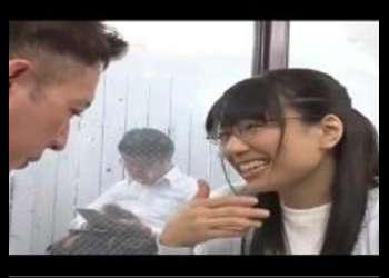 〖寝取り-デカチン〗『でっかいですね♡』真面目そうな眼鏡人妻をデカチンで寝取りガン突き!こんなかわいい子が…