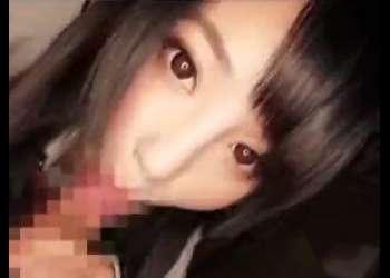 『我慢しないでね♡』きれいな顔立ちの美少女JKの濃厚フェラ!最高にムラムラしちゃう動画