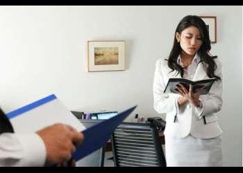 色気ムンムンの美人秘書を社長室レイプ!立ちバックで突きまくりオフィスワイフどころか人間ダッチワイフ?!