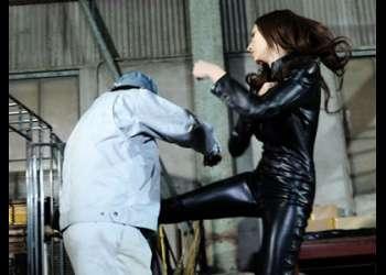 怒りのスケバンキック!最強女戦士がただの「女」になる!汚い精子を子宮に流し込まれてはいけないッ!!