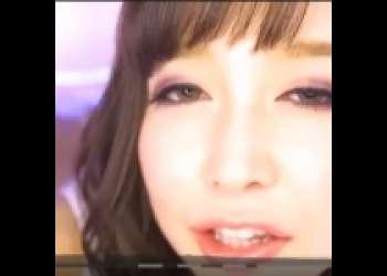 【篠田ゆう】「まるでS○Xしてるみたい!」ギャル風美女が腰を振って誘惑してくるwww