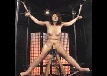 ◆伊織涼子◆三角木馬の上で拘束された美魔女を電マ責めした後はコチョコチョ責めで精神崩壊させる
