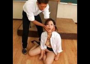 身動き不能な完全身動きできない状態に!罪の負い目に生徒から凌辱される教師!!