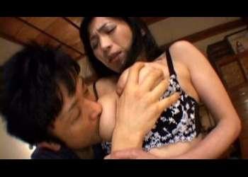 【北原夏美】義父との関係に嫉妬した息子が母に襲い掛かり近親相姦中出しセックス