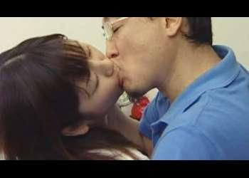 【ヘンリー塚本】娘を愛人に抱かせ家庭教師とデキちゃうダメな母