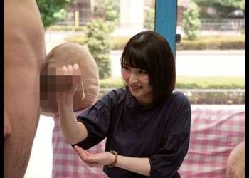 【MM号】早漏くんに優しく手コキ!美人過ぎて即爆発「ちょっと、もう出てるしー」