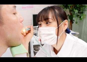 【花音うらら】長~い蛇舌で美少女がねっとり治療するディープキス歯科クリニック♡治療手コキでどぴゅどぴゅ射精♡