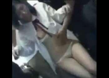 大人しそうな少女がバスでレイプされたw痴漢に悪戯されて感じまくり!興奮最高潮の即抜け映像