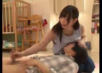 巨乳な保育士と赤ちゃんプレイ!乳首を吸わせながらの手コキ!興奮MAXのメチャ抜け映像