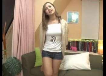 激カワなギャルお姉さんとセックス!ヤリマン美女がチンポを責めまくり!今日のおかずのめちゃシコ動画