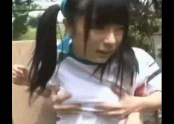 体育祭中におやじに物陰に連れ込まれレイプされた巨乳娘!興奮確実な激エロ動画