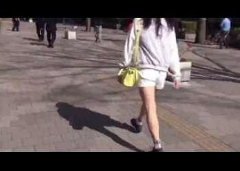 【マジックミラー号】激かわショートカットヘア美少女が素人ナンパってことで連れ込まれ童貞筆おろしお手伝いしちゃいました