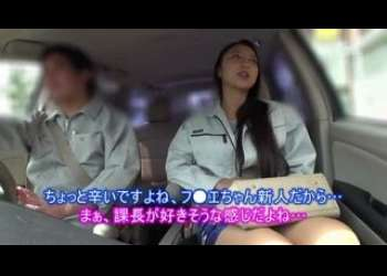 車の中で不倫行為をしちゃう美人妻がベロチューで感じてるエロエロの姿をドラレコ撮影中