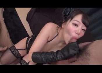【浜崎真緒】激エロ巨乳痴女美女のガーターベルト下着姿セックスめちゃえろバキュームフェラ抜き