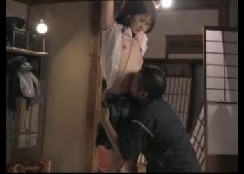 【永瀬ゆい】変態おじさんにへそ舐めレイプされまくってるド貧乳Aカップ美少女JK