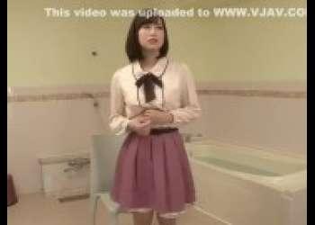 【篠田ゆう】かわいい服着た巨乳スレンダー美脚プリケツでエロいショートカットヘアお姉さん