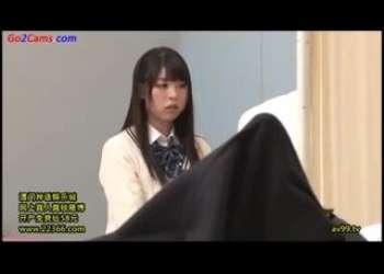 【JK逆レイプ】むちむち貧乳美少女JK、宮崎あやちゃんがおちんちん大好きすぎて勃起見たらすぐ襲いかかっちゃうロリビッチJK