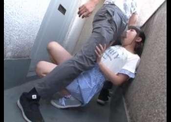 JCみたいな幼いロリっ子がひたすらレイプしまくってるイラマチオレイプでひたすらパンチラしまくりロリ貧乳女子オナホ扱い
