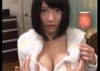 「お兄ちゃん、内緒だからね♡」超絶巨乳な女子高生の妹と禁断の近親相姦セックス!見ると勃起しちゃうエロ動画