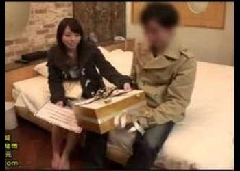 (素人+エロ動画)仲良し男女をラブホに2人っきりにしてモニタリング!謝礼もらってファックまでしちゃった!シコシコ必須の映像