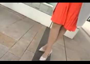 【人妻ナンパ】街中で一番美脚でスタイルの良かったセレブオーラの綺麗で上品な美巨乳の奥さんを連れ込み、生ハメ中出し!