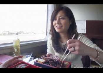 【個人撮影】こんなに綺麗な美人妻と不倫旅行だなんてもうハーレム!大人の色気ムンムンのスレンダーで上品なマダムを温泉旅館でNTRセックス!