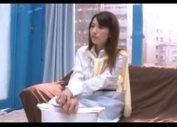 【マジックミラー号】【熟女ナンパ】35歳には見えない綺麗で色白清楚なおっとりしたスレンダーなマダムを連れ込み、NTRセックス!