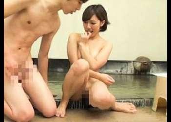 【モニタリング】激カワ巨乳パイパンJDが、男友達と温泉で一線を越えてしまい、中出し絶頂SEX!!