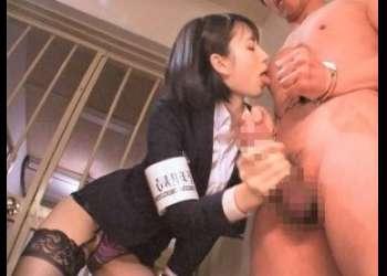 【涼森れむ】ドS巨乳美人痴女射精執行官が、M男受刑者に中出し制裁逆レイプ!!