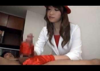 初美沙希|サテン手袋で手コキするエレベーターガール!ザーメンを手袋で受け止める