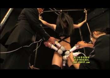 捕らえた女スパイを拘束し、6本の電マでイキ狂うまで凌辱拷問!!