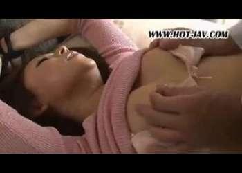 肉体労働者に襲われ縛られ犯されてイキまくる巨乳の団地妻!