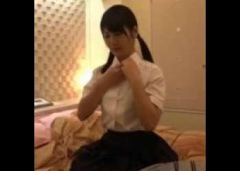 すべて言いなりの巨乳援交美少女JKがホテルでおやじに好き放題犯されまくって喘ぎ悶えて感じまくり