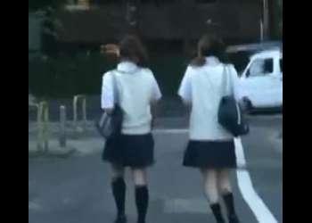 学校終わりの高校生を尾行してレイプ!即抜け確実な激エロ動画