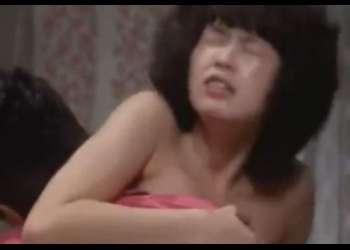 【日活ロマンポルノ】近親相姦物語♡同居することになった妹のセクシーな口元に興奮した兄貴は肉棒を勃たせるww《昭和AV映画》