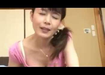 【三浦恵理子】ボク起きて会社送れちゃうわよ♪ママが息子を起こしに来たら夢精しちゃったらしくフェラしてくれました