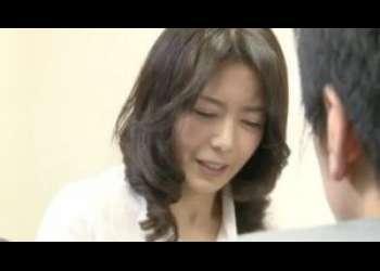 【三浦恵理子】ロシア語講師の男に口説かれた四十路人妻は断ったけど異国へ旅立つと知ってつい体を許してしまう
