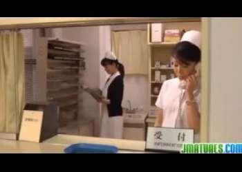 【三浦恵理子】ドクターの息子に口説かれてエッチしてしまった看護婦長熟女なのです…息子の友人だっていうのにやっちまったなあ