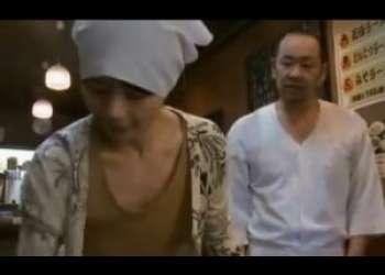 【三浦恵理子】拉麺屋のオヤジがパートおばさんにプロポーズ♪おっと意外にすんなりオッケーもらっちゃってセックスも盛り上がってんなぁ