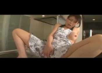 【三浦恵理子】妖艶美熟女の着エロみたいなイメージビデオ…見えそうで見えないギリギリの露出がかえってエロい