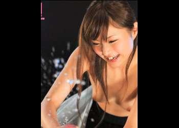 【男の潮吹き】長身スラッと京美人キャスターの手コキでスプラッシュ!遥結愛