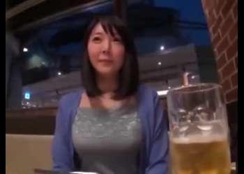 超爆乳Iカップの若妻をホテルに連れ込んで寝取られ不倫SEX!夫に内緒でパイズリ奉仕させて他人棒で犯されちゃう!羽生ありさ