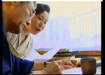 【ヘンリー塚本+高根綾+野上正義】敬愛する老作家の世話が生きがいの家政婦!チンポコを入れてしまいます【作家+家政婦】